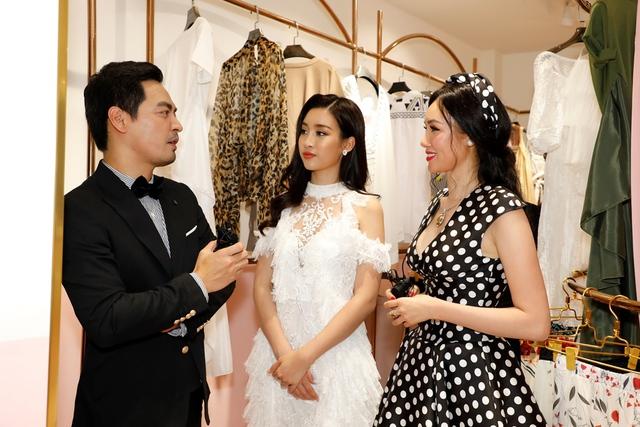 MC Phan Anh, HH Mỹ Linh dự lễ ra mắt trung tâm thời trang làm đẹp độc đáo của HH Kim Nguyễn - Ảnh 1.