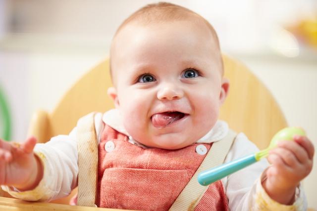 Trẻ sơ sinh hay bị ọc sữa: Cách khắc phục hiệu quả từ cơ chế làm sánh sữa - Ảnh 3.