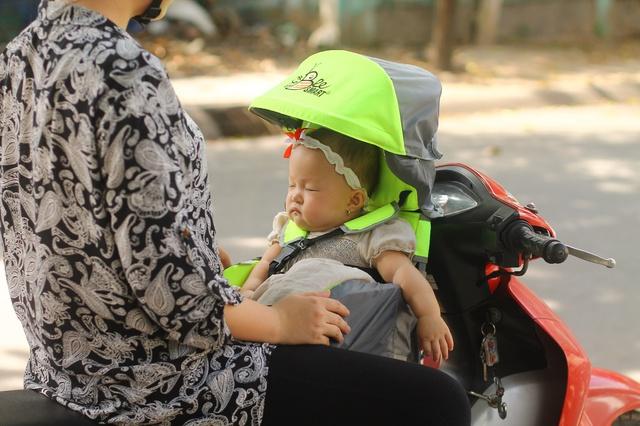 Beesmart ra mắt dòng ghế ngồi xe máy đa năng đầu tiên dành cho trẻ em - Ảnh 1.