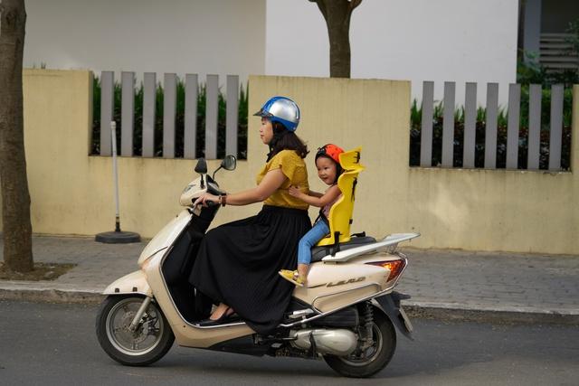 Beesmart ra mắt dòng ghế ngồi xe máy đa năng đầu tiên dành cho trẻ em - Ảnh 3.