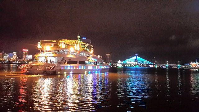 """Gợi ý 5 điểm vui chơi """"hot"""" tại Đà Nẵng cho mùa Giáng sinh 2017 - Ảnh 1."""