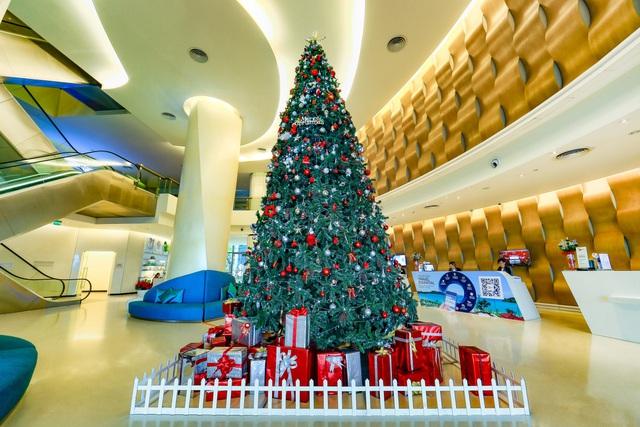 """Gợi ý 5 điểm vui chơi """"hot"""" tại Đà Nẵng cho mùa Giáng sinh 2017 - Ảnh 8."""