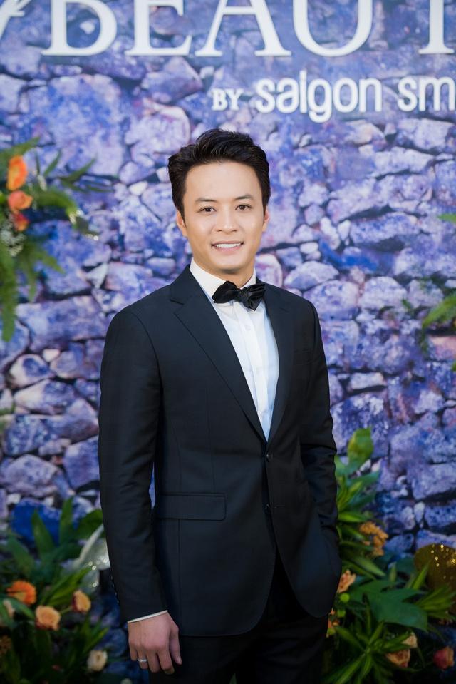 """MC """"không tuổi"""" Nguyễn Cao Kỳ Duyên đọ sắc bên dàn sao Hà Thành - Ảnh 11."""