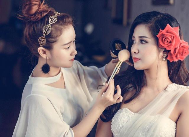 """Hoàng Giang Make-Up: địa chỉ trang điểm xứng đáng """"chọn mặt gửi vàng"""" - Ảnh 1."""