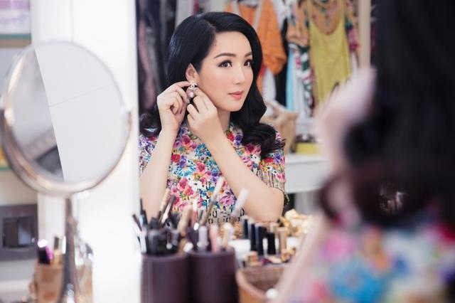 Hoa hậu Giáng My mách nước cách dưỡng da đẹp bất chấp tuổi tác - Ảnh 1.