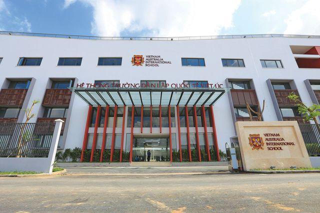 Trường học song ngữ quốc tế dưới góc nhìn của các bố mẹ doanh nhân - Ảnh 1.