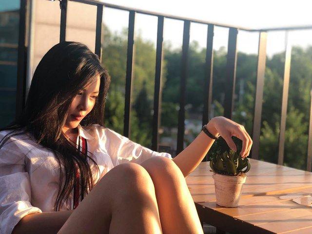 """Hot girl phẫu thuật thẩm mỹ Vũ Thanh Quỳnh khoe nhan sắc xinh đẹp và trẻ trung sau 3 năm """"đập đi xây lại"""" - Ảnh 7."""