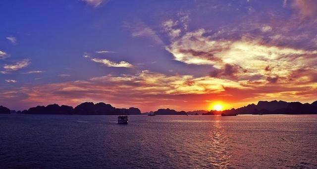 Giải mã sức hấp dẫn của du thuyền Indochina Sails – điểm đến đẳng cấp hè 2018 - Ảnh 2.