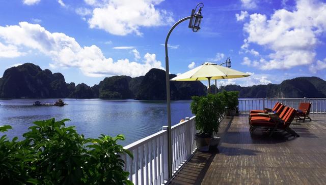 Giải mã sức hấp dẫn của du thuyền Indochina Sails – điểm đến đẳng cấp hè 2018 - Ảnh 3.