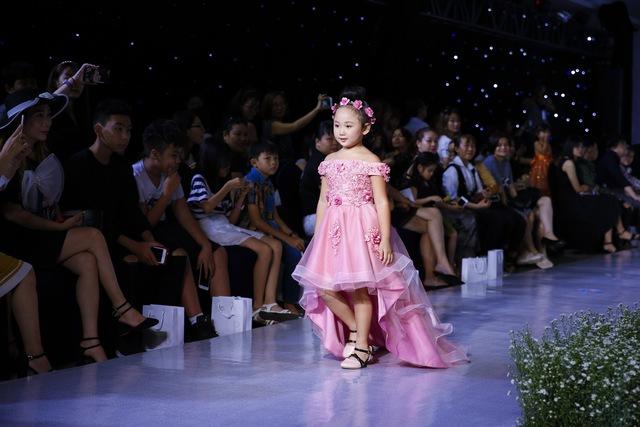 Junior Fashion Runway Vol. 2 thổi làn gió mới vào thời trang mùa hè 2018 - Ảnh 7.