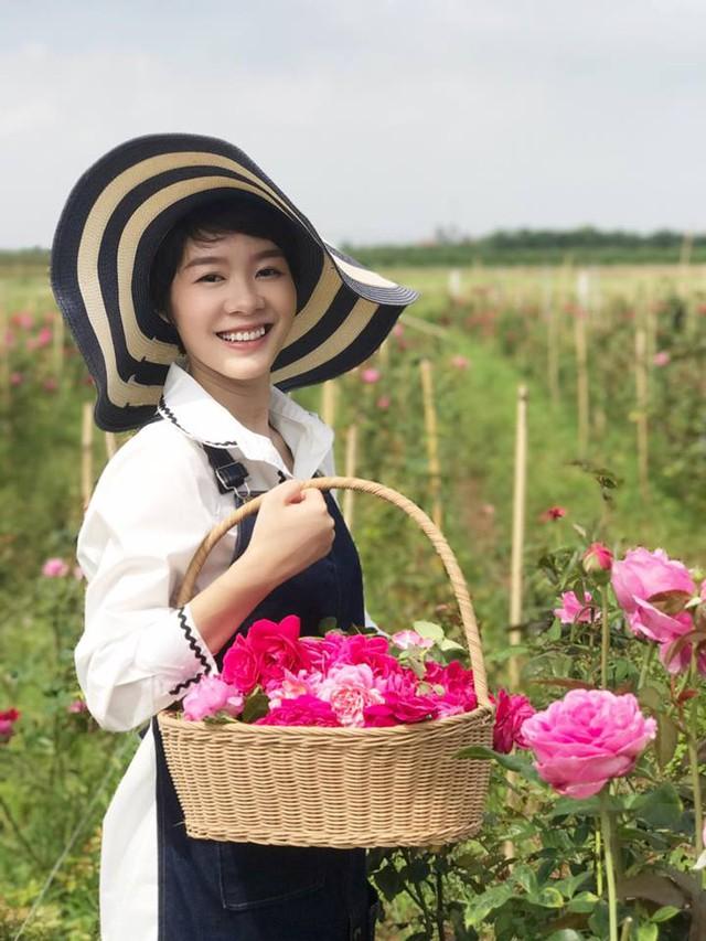 Khởi nghiệp từ hoa hồng ngoại và sự thành công ngoài mong đợi của cô gái trẻ 9x  - Ảnh 2.