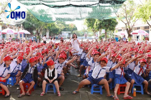 """Khánh thành """"Lớp học bơi cho cá"""" đầu tiên tại Vĩnh Long - Ảnh 1."""