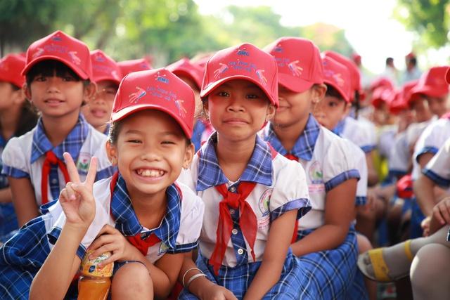 """Khánh thành """"Lớp học bơi cho cá"""" đầu tiên tại Vĩnh Long - Ảnh 2."""