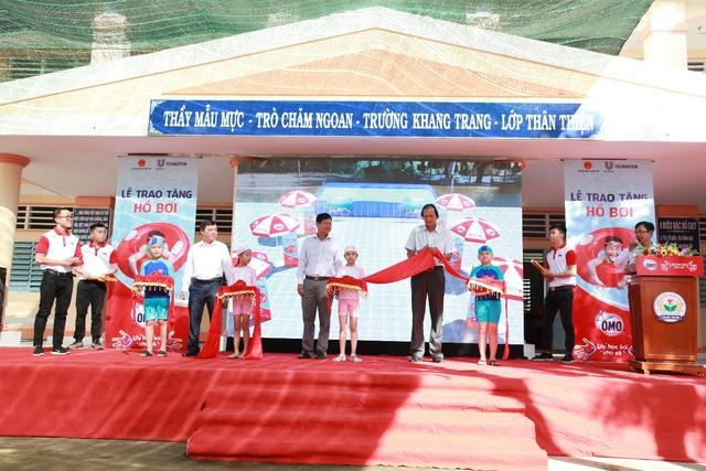 """Khánh thành """"Lớp học bơi cho cá"""" đầu tiên tại Vĩnh Long - Ảnh 4."""