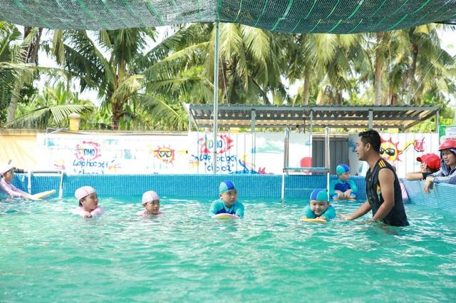 """Khánh thành """"Lớp học bơi cho cá"""" đầu tiên tại Vĩnh Long - Ảnh 8."""