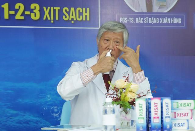 Chuyên gia tai mũi họng mách nước: Bạn cần biết 1-2-3 xịt sạch để bảo vệ đường hô hấp của cả gia đình - Ảnh 3.