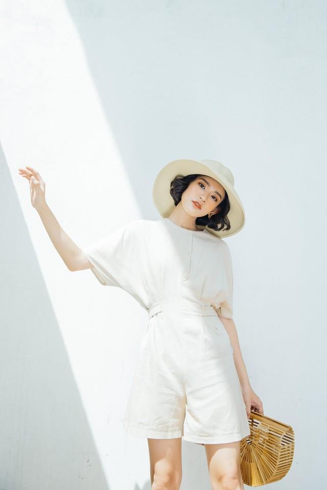 Bay bổng cùng vải đũi - xu hướng thời trang hè 2018 - Ảnh 3.