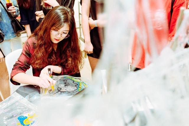 Dàn hotgirl The Face hội ngộ sự kiện khai trương Charles & Keith tại Royal City Hà Nội - Ảnh 7.