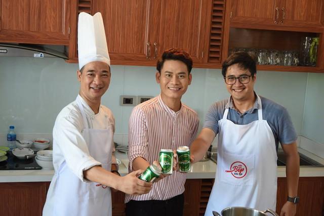 """Sỹ Luân, Quốc Thuận, Ngọc Tưởng khoe tài nấu ăn với """"Vào bếp khó gì"""" - Ảnh 1."""