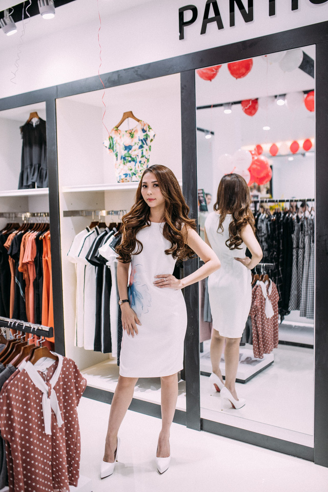 Những set đồ công sở đẹp mê ly cho nàng sành điệu đón thu 2018 tại cửa hàng Pantio đầu tiên ở Sài Gòn - Ảnh 1.