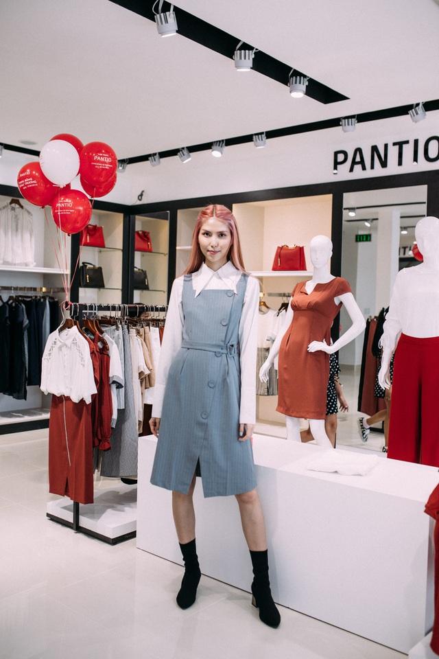 Những set đồ công sở đẹp mê ly cho nàng sành điệu đón thu 2018 tại cửa hàng Pantio đầu tiên ở Sài Gòn - Ảnh 2.