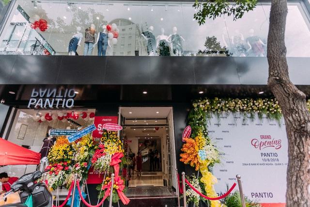 Những set đồ công sở đẹp mê ly cho nàng sành điệu đón thu 2018 tại cửa hàng Pantio đầu tiên ở Sài Gòn - Ảnh 7.