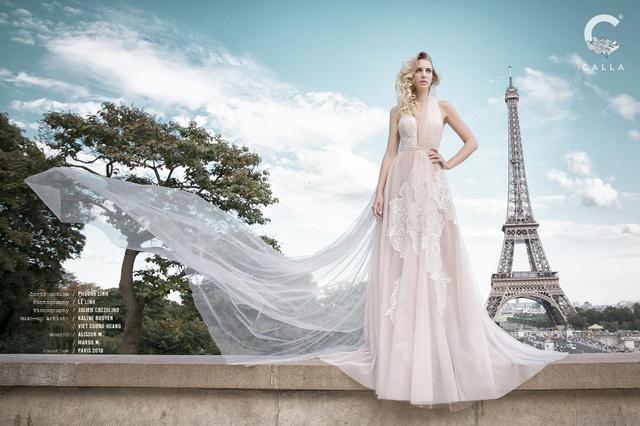 """""""Váy cưới trong mơ"""" Calla của NTK Phương Linh khoe sắc tại Paris hoa lệ - Ảnh 5."""