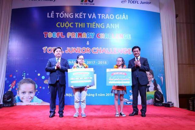 Không vì giải thưởng, phụ huynh Hà Nội năm nào cũng cho con đi thi TOEFL Challenge vì những lý do này - Ảnh 3.