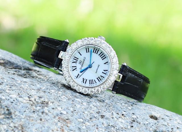 Đăng Quang Watch giảm giá đến 20% cho người phụ nữ yêu thương - Ảnh 7.