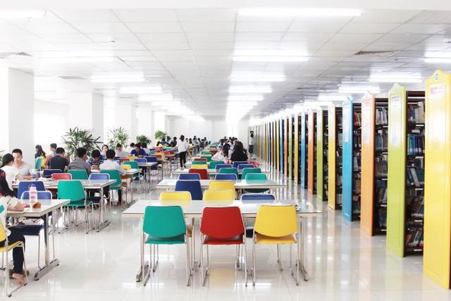 """Khám phá không gian ấn tượng của """"Đại học sắc màu"""" - Ảnh 3."""