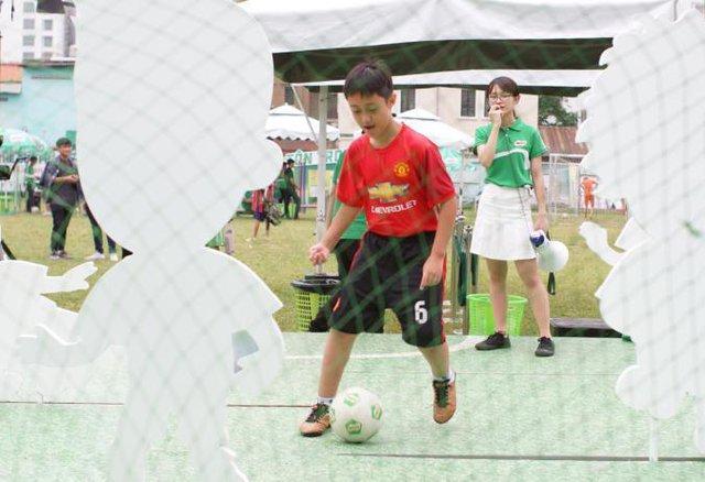 Ngoài thể chất, con trẻ còn rèn luyện được5 phẩm chấtcần thiếtnhờ tập bóng đá - Ảnh 8.