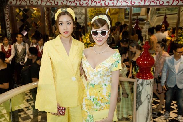 Hoa hậu Sella Trương cùng dàn sao việt dự show của NTK Adrian Anh Tuấn - Ảnh 8.