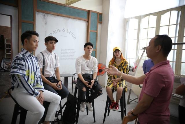 Bộ tứ giám khảo Huda Central's Got Talent 2017 ngỡ ngàng trước những tài năng miền Trung - Ảnh 1.