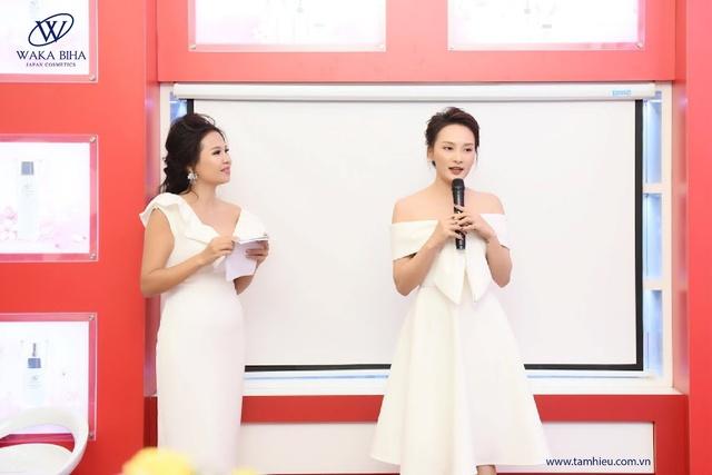 Thanh Hương, Bảo Thanh tự tin xóa bỏ lớp makeup ngay trong sự kiện - Ảnh 3.