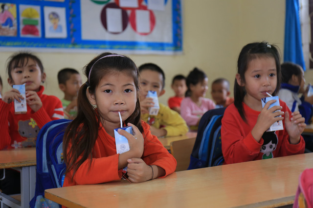 Chương trình Sữa học đường quốc gia: Quà quý cho trẻ đã trọn vẹn - Ảnh 3.