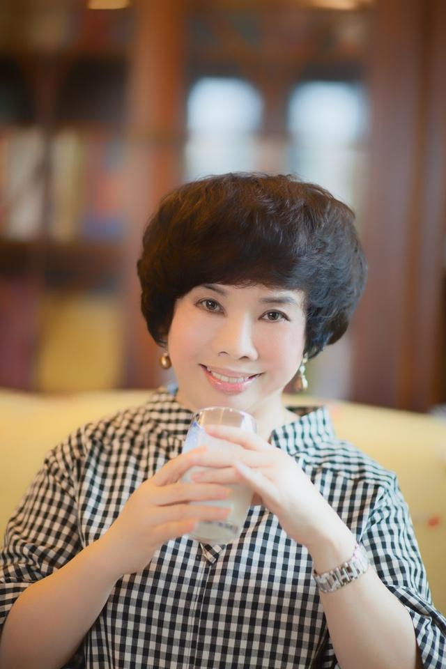 Chủ tịch HĐQT tập đoàn TH Thái Hương:  Người lữ hành bền bỉ trên con đường minh bạch thị trường sữa - Ảnh 2.