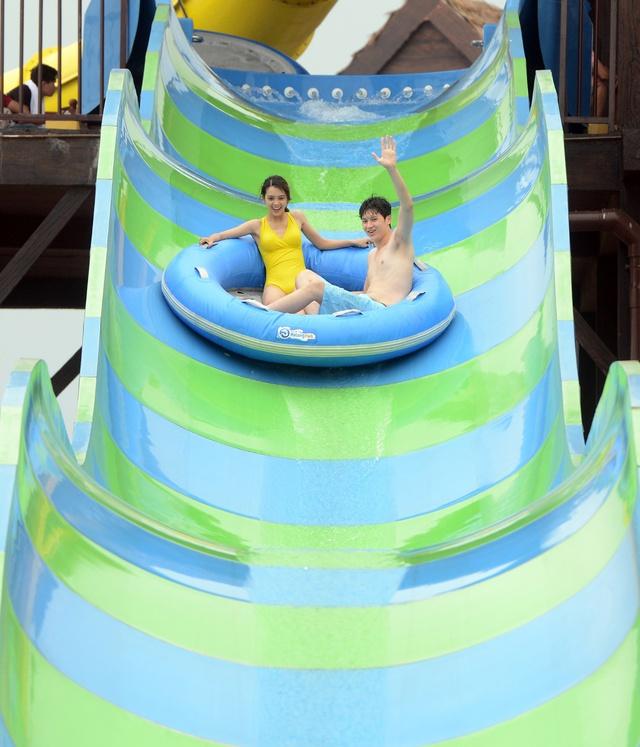Phát sốt với hai công viên giải trí lớn nhất Đông Nam Á tại Hạ Long - Ảnh 5.