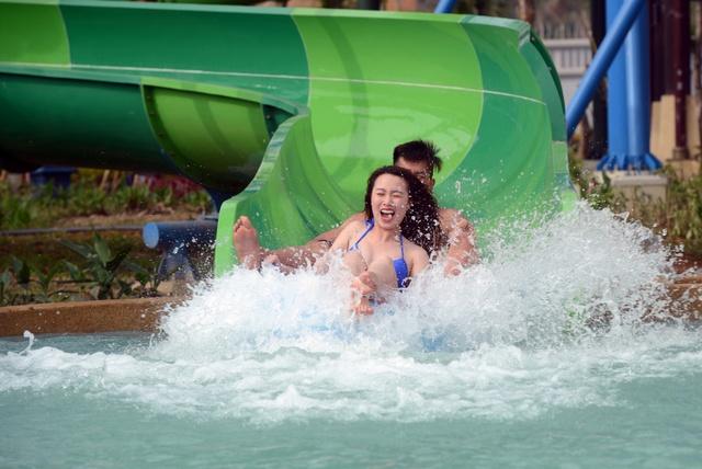 Phát sốt với hai công viên giải trí lớn nhất Đông Nam Á tại Hạ Long - Ảnh 7.