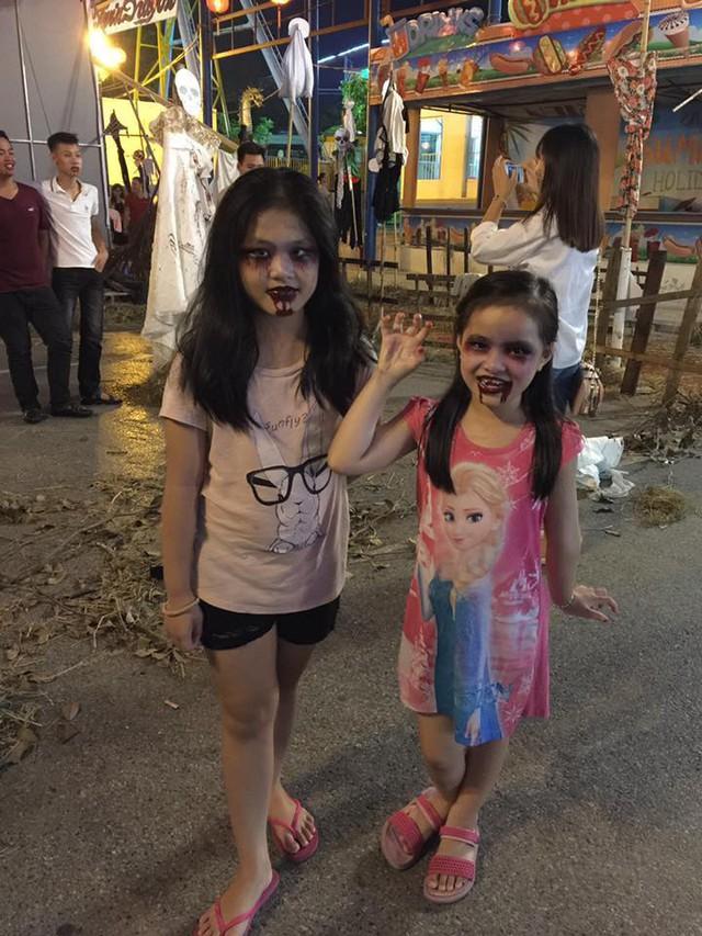 """""""Có hẹn với thây ma"""" – Halloween Party Công viên nước Hồ Tây 2017 - Ảnh 13."""