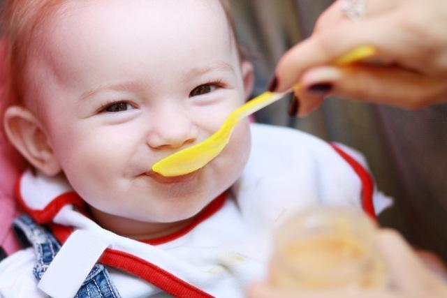 """Cơ chế """"làm sánh sữa"""" giúp cải thiện bệnh trào ngược dạ dày ở trẻ sơ sinh và trẻ nhỏ - Ảnh 3."""
