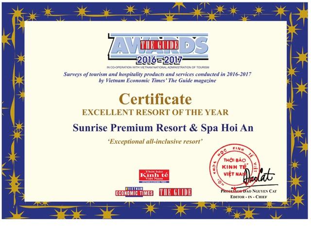 Mùa giải thưởng liên tiếp tại Sunrise Premium Resort & Spa Hội An - Ảnh 1.