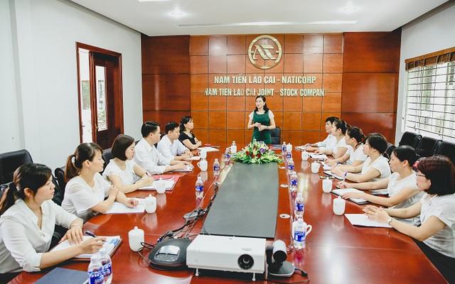 Bà Hiền cho rằng, một nhà lãnh đạo giỏi phải là người biết sử dụng nhân tài.
