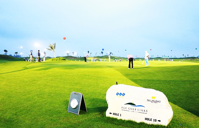 Sân golf 18 hố dạng links ở FLC Sầm Sơn.