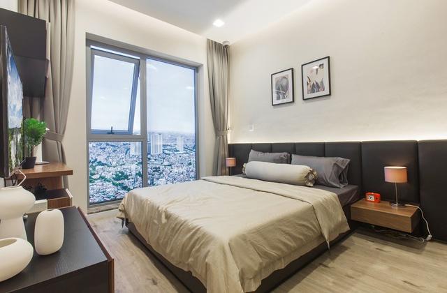 Sử dụng công nghệ nội thất mới nhất, hệ thống cửa kính Low-E đảm bảo an toàn tiết kiệm năng lượng mang lại không gian sống lý tưởng cho các cư dân.