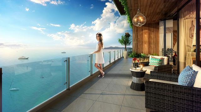 Căn hộ TMS Luxury Hotel Da Nang Beach hướng trực diện bãi biển Mỹ Khê ra mắt năm 2017.