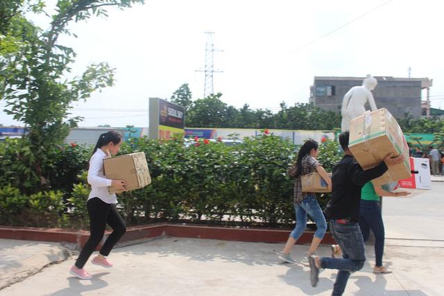Thái Nguyên: Diễn tập phương án phòng cháy chữa cháy tại chung cư Tiến Bộ - Ảnh 1.