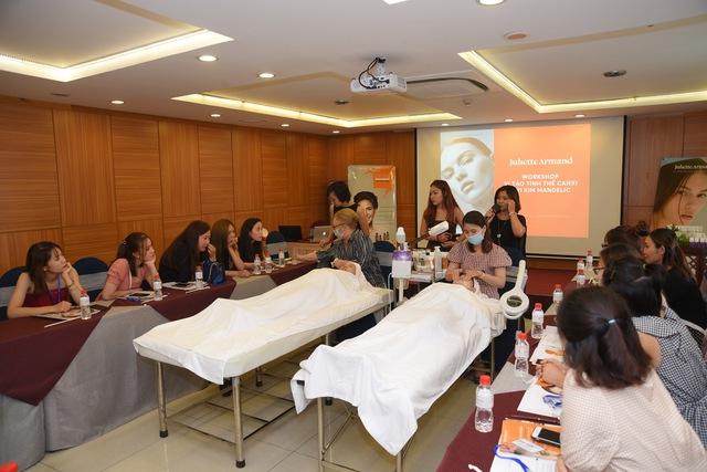 Workshop Juliette Armand tại Tp. HCM: Bật mí cách chăm sóc làn da mụn và nám ngày hè - Ảnh 3.