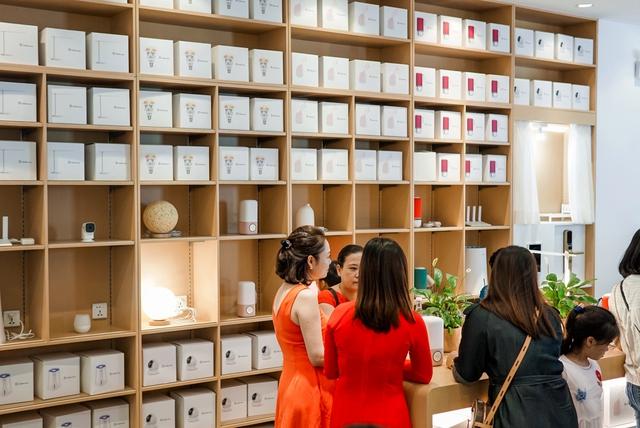 Cửa hàng trải nghiệm đầu tiên của Huawei đã có mặt ở Hà Nội: Mate RS Porsche Design, Matebook X Pro và hơn thế nữa… - Ảnh 8.