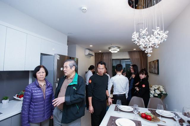 Những hình ảnh đẹp trong lễ Khai trương căn hộ mẫu của dự án VinCity Sportia - Ảnh 9.