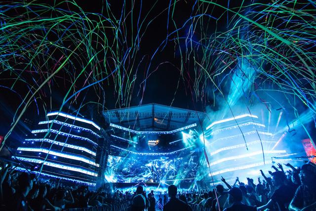 Ravolution Music Festival by Jetstar - Chưa bao giờ raver Hà thành cuồng nhiệt đến thế! - Ảnh 2.
